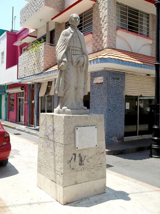 estatua_Francisco_Javier_clavijero