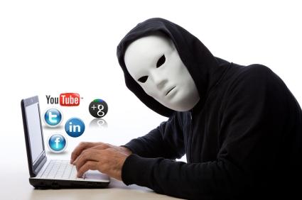 Desventajas-Redes-Sociales