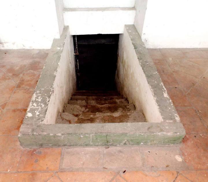 Cripta subterránea bajo el Instituto Veracruzano de Cultura (IVEC), que fuera antiguo convento de Nuestra Señora de Belem,  en el  siglo XVIII